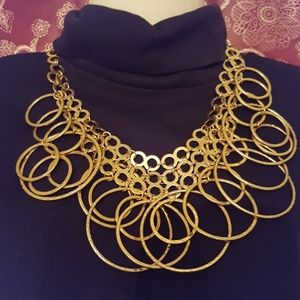 Jewelry - Hooped Gold tone 19 inch total length necklace